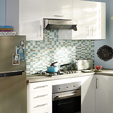 Pared cocina cocinas en rojo color pared with para for Heladera y cocina juntas